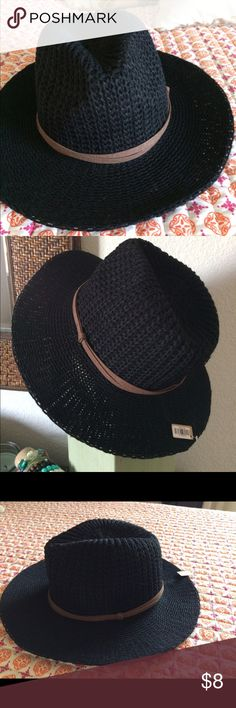 Black sun hat Super cute, great for summer/fall weather! Black with brown accent strap. New with tag Gojane Accessories Hats