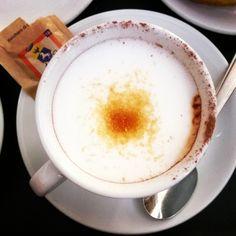 #25agosto2015 #buongiorno #goodmorning #colazione #breakfast #lavoro #macchiatone #zucchero #caffè #dersut #bar #gioie