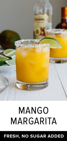This mango margarita on the rocks uses all fresh ingredients (and has no added sugar). It's the perfect fruity cocktail! #mango #margarita #mangomargarita #margaritarecipe