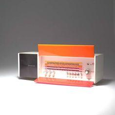 2434: Raymond Loewy (attrib.). 'Spectra Futura' radio, : Lot 2434