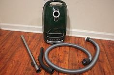 Miele Complete C3 Cat & Dog Vacuum Cleaner Green Missing brush roll Free Shippin