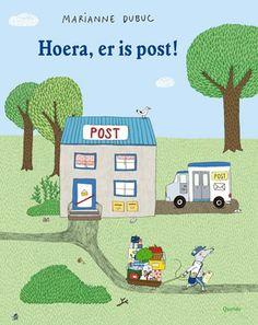 Postbode Muis heeft een kar vol pakketjes en brieven. Hij gaat ze bezorgen bij de familie Konijn, mevrouw Mol, meneer Eekhoorn, zijn vriend Draak en nog veel meer dieren. Bij hen thuis is er van alles te ontdekken…(3+)