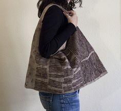 Amparo de la Sota: bag, linen, crochet, ink
