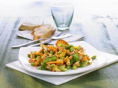 Gemüse mit Pfifferlingen ist ein Rezept mit frischen Zutaten aus der Kategorie Gemüse. Probieren Sie dieses und weitere Rezepte von EAT SMARTER!