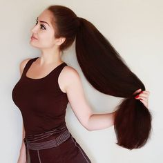 So sleek and shiny ❤❤❤ .- So sleek and shiny ❤❤❤ . 😍 ✨ 👉👉 👈👈 ✨😍 Hello everyone ✔ DM/tag me your pics to be featured on this page ✌ . Mail your… - Long Brunette Hair, Long Red Hair, Super Long Hair, Big Hair, Permed Hairstyles, Straight Hairstyles, Cool Hairstyles, Long Hair Ponytail, Braids For Long Hair