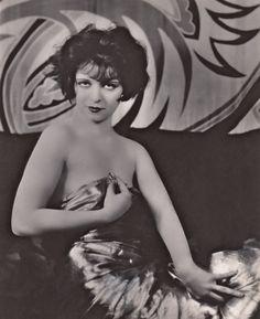 Satin Star ☆ Clara Bow ☆ Circa 1926 ☆ Vintage reproduction photograph copyright 1941☆