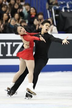 Wenjing SUI / Cong HAN(CHN) Pairs Free 2nd  EOS-1D X Mark II,EF200-400mm f/4L IS USM,F4.0,1/1000sec,ISO8000(c)M.Sugawara/JapanSports