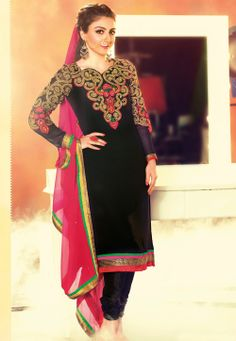 Buy Latest Black Salwar kameez online on Utsav Fashion. Shop from a huge collection of ladies salwar suits incl. Anarkali, Punjabi, Pakistani and more in spellbinding colours. Black Salwar Kameez, Wedding Salwar Kameez, Salwar Kameez Online, Churidar, Anarkali, Kurti, Indian Bridal Sarees, Bridal Lehenga, Indian Dresses