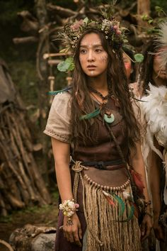 "fuckyeahcostumedramas: ""Kim Ji-Won in "" Arthdal Chronicles"" "" An Avari elf Korean Actresses, Korean Actors, Actors & Actresses, Korean Dramas, Song Joon Ki, Kim Ji Won, Kdrama Actors, Drama Korea, Gal Gadot"