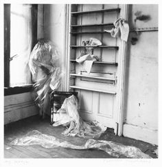 Expand Francesca Woodman / © George and Betty Woodman