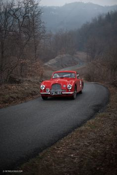 Reviving A 112-Year-Old Rally Through Italy: The Coppa Milano-Sanremo • Petrolicious