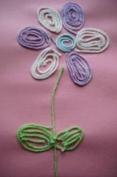yarn flowers...looks like a good site with lots of ideas
