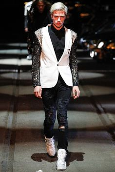 Lucky Blue Smith opening Philipp Plein Spring 2016 Menswear - Collection - Gallery - Style.com