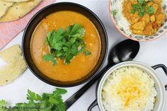 Klassisk indisk butter chicken med masser af smæk på smagen og masser af smørmørt kylling. Få min variant af opskriften lige her.
