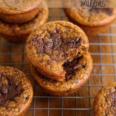 . flourless pumpkin pie muffins .