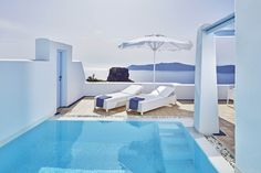 Experience pure serenity in the comfort of your Pool suite!