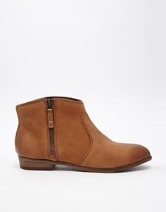 Need flat ankle boots like this for work but black where can I find them ?