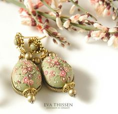 Hand Appliqued Polymer Clay Jewelry  created by:  Eva Thissen: