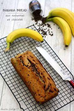 Recette de Cake à la banane, noisettes et pépites de chocolat : la recette facile