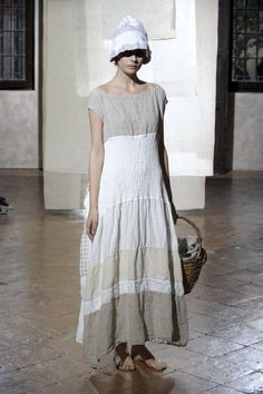 Daniela Gregis-This was the inspiration for my recent linen tee (still to be photographed)
