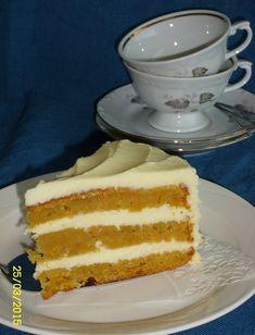 Herkullinen porkkanakakku - Leena-muori leipoo - Vuodatus.net Vanilla Cake, Desserts, Food, Tailgate Desserts, Deserts, Essen, Postres, Meals, Dessert