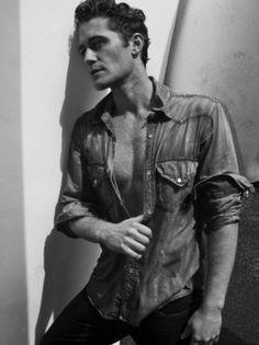 Matthew Morrison Photo: Matthew Morrison - New Photoshoot Matthew Morrison, Glee, Robert Conrad, Good Looking Actors, Man Crush Monday, Darren Criss, Actor Model, Johnny Depp, Handsome Boys