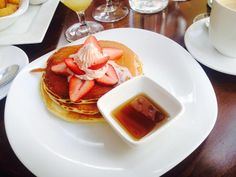My 6 favorite breakfast and brunch places in New York City: Flat Top near Columbia University.