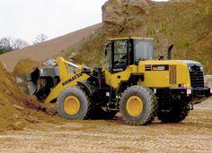 Komatsu WA270-7 wheel loader features 10-percent decrease in fuel consumption   Better Roads
