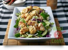 Ginger Stir-fried Calamari Salad: A delicious twist on tender calamari with Gourmet Garden Lightly Dried Ginger and Chilli Herb Recipes, Fish Recipes, Cooking Recipes, Gourmet Garden, Fried Calamari, Savory Salads, Main Dish Salads, Western Food, How To Cook Fish