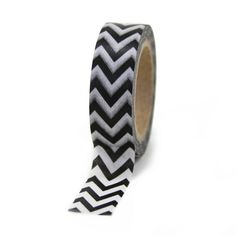 Add your style to projects with this black chevron-patterned tape and brighten up your day! Perfect for party decorating and craft projects. Reusable and moveable. Includes 10 meters of 15mm washi tap