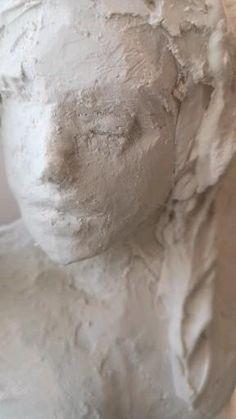 Sculpture plâtre Sculpture, Atelier, Sculptures, Sculpting, Statue, Carving