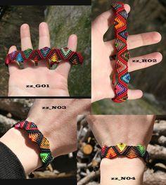 Pulsera brazalete zig zag FIFTY COLORS macrame diseño azteca abanicos hilo encerado geometrico negro rojo granate rainbow artesanal de CreacioneSinPatrones en Etsy