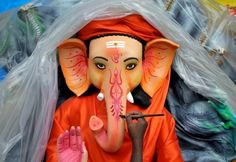 #Business_News  Markets shuts for Ganesh Chaturthi holiday  India's stock, bond, and currency markets are closed Today for Ganesh Chaturthi holiday. Trading will resume on Tuesday.  Continue Reading --> http://www.bizbilla.com/hotnews/Markets-shuts-for-Ganesh-Chaturthi-holiday-4841.html   #Trade_markets  #business  #Ganesh_chaturthi