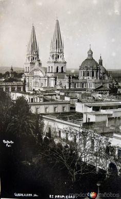 LACATEDRAL.Hacia1940