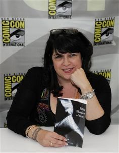 fifty shades of grey - E L James at Comic Con International.....#FiftyShades @50ShadesSource www.facebook.com/FiftyShadesSource