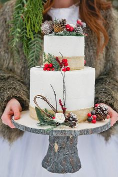 18 Fabulous Winter Wedding Cakes We Adore ❤ See more: http://www.weddingforward.com/winter-wedding-cakes/ #weddings #cakes