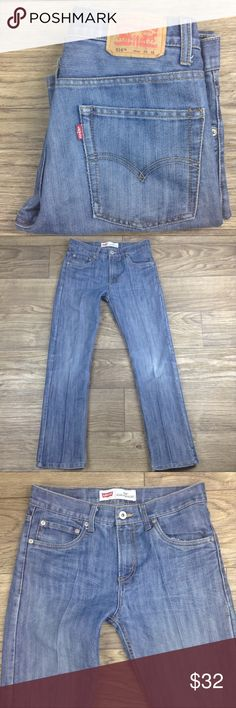 """Levi's 514 Slim Straight Medium Wash Jeans 16 Reg Levi's 514 Slim Straight Medium Wash Jeans. Size 16 regular (28x28) with approximate measurements of 15"""" waist, 28"""" inseam"""", and 10"""" rise while laying flat. Pre-owned in great condition with minimal wear (creased line really marked). Please look at all pictures and if you have a question leave a comment below. Levi's Jeans Straight Leg"""