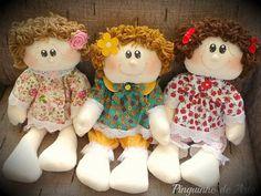 Encontrei essas bonecas lindas do blog Pinguinho de Arte em vários sites, blogs e no Pinterest. Acredito que isso me dá a liberdade de...