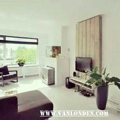 1000 images about steigerhouten meubelen on pinterest van bureaus and met - Muur plank onder tv ...