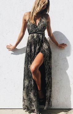 New Arrival Jasmine Glitter Formal Dress Black Prom Dresses · meetdresse · Online Store Powered by Storenvy Black Prom Dresses, Party Dresses For Women, Trendy Dresses, Nice Dresses, Fashion Dresses, Dress Black, Ladies Dresses, Romantic Dresses, Dresses Dresses