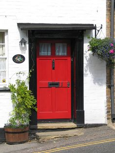 Curb appeal: 10 quick fixes for summer | Curb appeal, Doors and ...