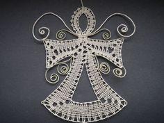 Doily Art, Types Of Lace, Bobbin Lace Patterns, Lacemaking, Lace Heart, Lace Jewelry, Lace Design, Irish Crochet, String Art