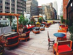 We've collated our favourite 10 open-air rooftop bars in New York City, from the unique, to the classy.