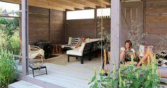 TOOP Tuinhuisjes - modulair tuinhuisjes systeem Tooptuinhuisjes Outdoor Living, Outdoor Decor, Outdoor Ideas, Backyard, Patio, Garden Office, Landscape Design, Porch, Shed