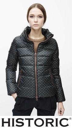 Colette jacket è il capo ideale per una donna che ama il confort del piumino, ma che non vuole rinunciare a un tocca di classe. #modadonna #fashion #historic #womenfashion #piuminidonna