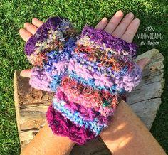 ✧✼✧  Magical 'Hippie Bliss' purple fingerless gloves / mittens ✧✼✧
