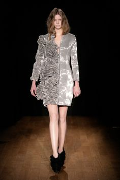 Look 23 Iris Van Herpen Spring/Summer 2011 Couture Collection
