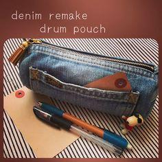 denim remake drum pouch Diy Pouch No Zipper, Zipper Bags, Jean Crafts, Denim Crafts, Handmade Handbags, Leather Bags Handmade, Mochila Jeans, Crochet Mandala Pattern, Denim Handbags