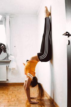 clean up my mind #namaste #yoga #adidas #cleanmymind #goodvibes #positivevibes #positivity #slowlife #yogi #tumblr #retro #vintage #yogapants #yogasession #yogapose #meditation #potd #ootd #streetwear #streetstyle #hippie #neuzeithippie #inspiration #inspirationoftheday #lifestyle #yogameditation