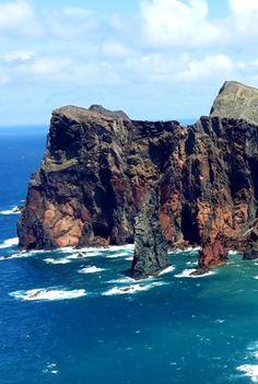 Madeira Island Ultratrail vom 10.04. - 11.04.2015 - 115 km und 6800 Höhenmeter - Laufbericht von Thomas Eller: http://laufspass.com/laufberichte/2015/madeira-ultratrail-2015.htm